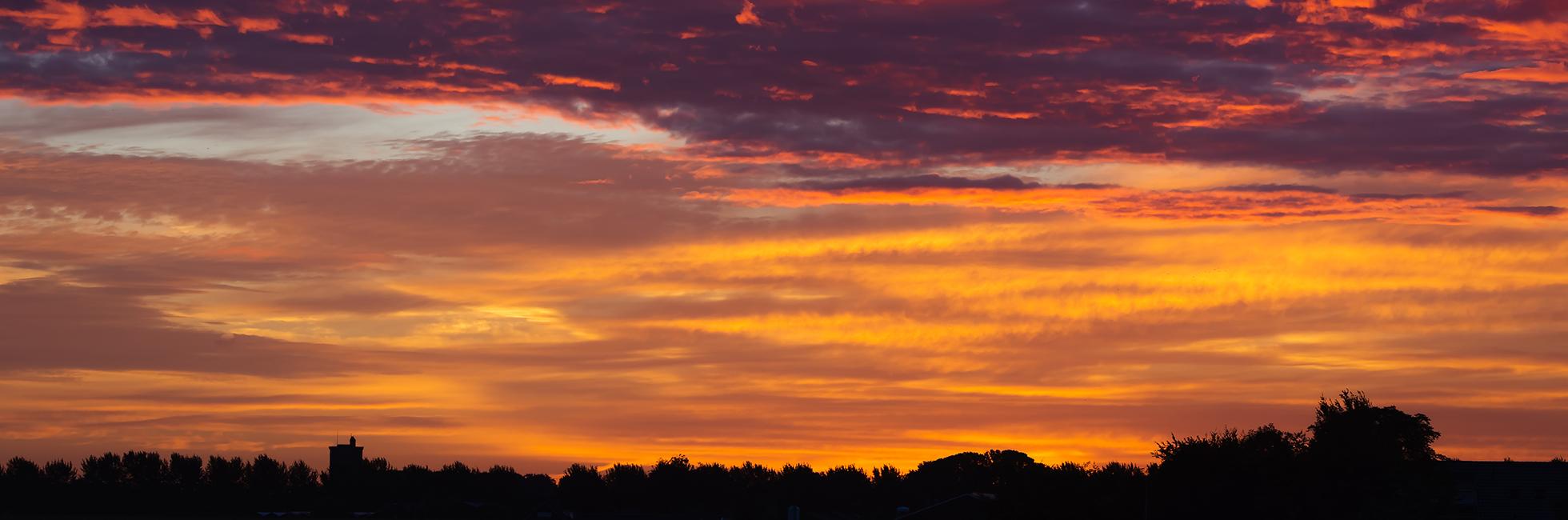 Elburg tijdens zonsopkomst